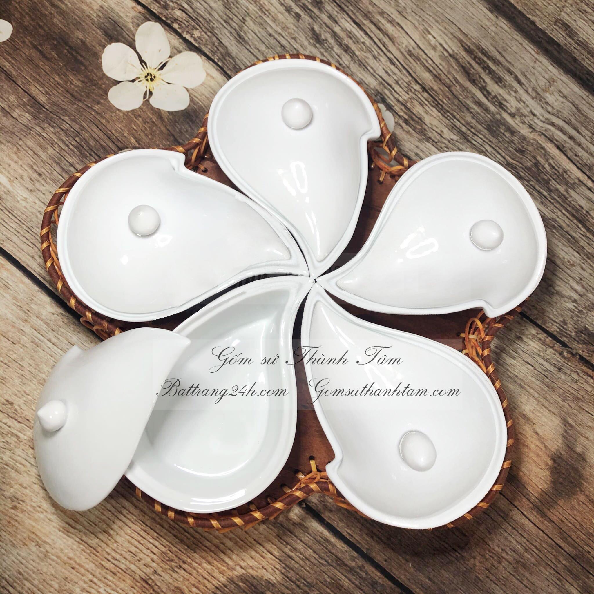 Bán khay đựng mứt bằng gốm sứ Bát Tràng có 5 ngă, khay đựng mứt kẹo đẹp mắt giá rẻ